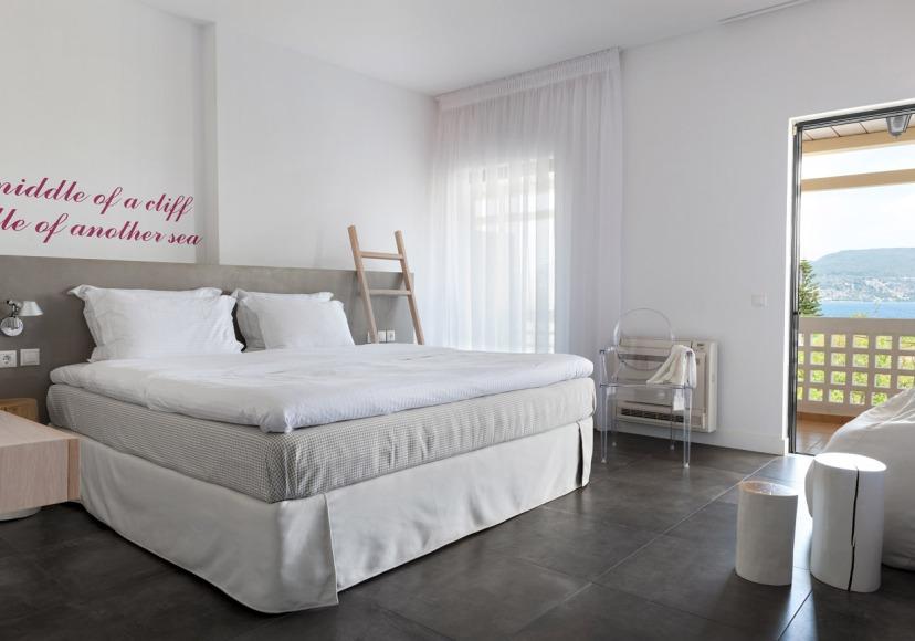 Deluxe Coco-mat room